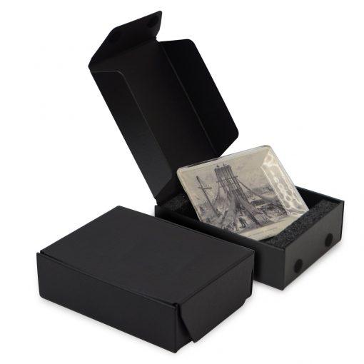 "Medium Flap Gift Box Packaging (6""x8""x2.5"")"