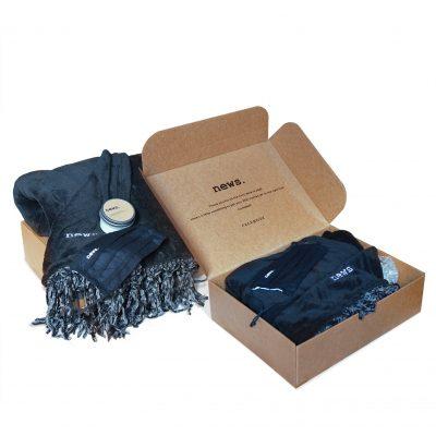 "Custom Boxes Econolux Mailer Jumbo Size 14"" x 11"" x4"""